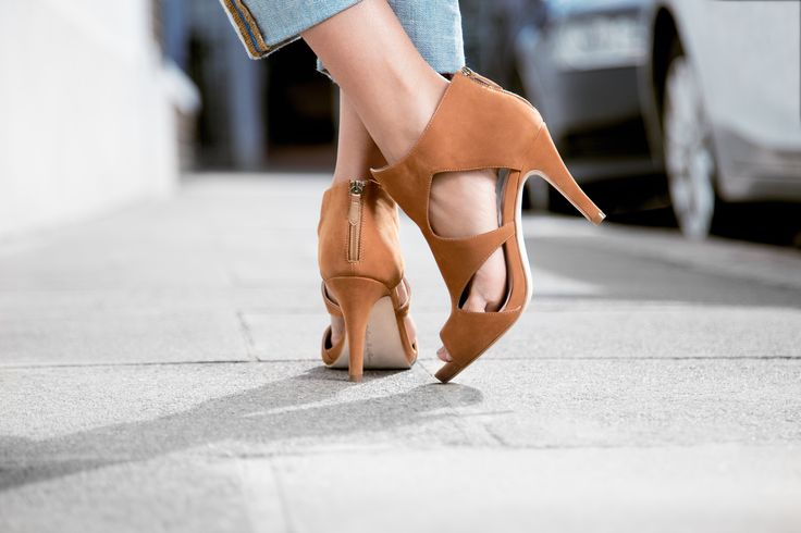 Sundance shoes for the #dance in the #sun