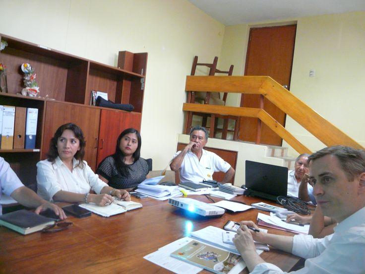 Coordinadora del PP 035 expone avances a jefe de Coopo. Int. EU