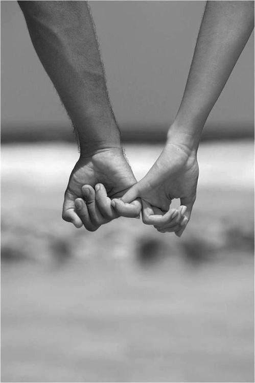 holdig hands