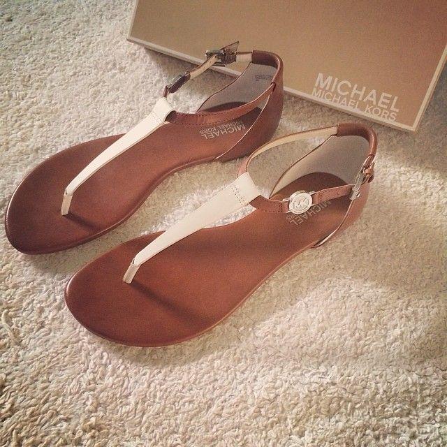 b4e3f2d3e7a9 Buy michael kors womens shoes flats   OFF71% Discounted