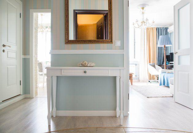 Квартиры от 45 до 90 метров, Гостинная, холл, Мебель и предметы интерьера, Декор,  классика,  Желтый, Серый, Светло-серый, Белый, Сине-зеленый, Коричневый,