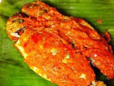 Pepes Ikan Tongkol - Disini ada aneka video cara membuat resep pepes ikan tongkol mangga muda suwir kemangi bumbu kelapa merah khas bali surabaya yang paling enak dan pedas.