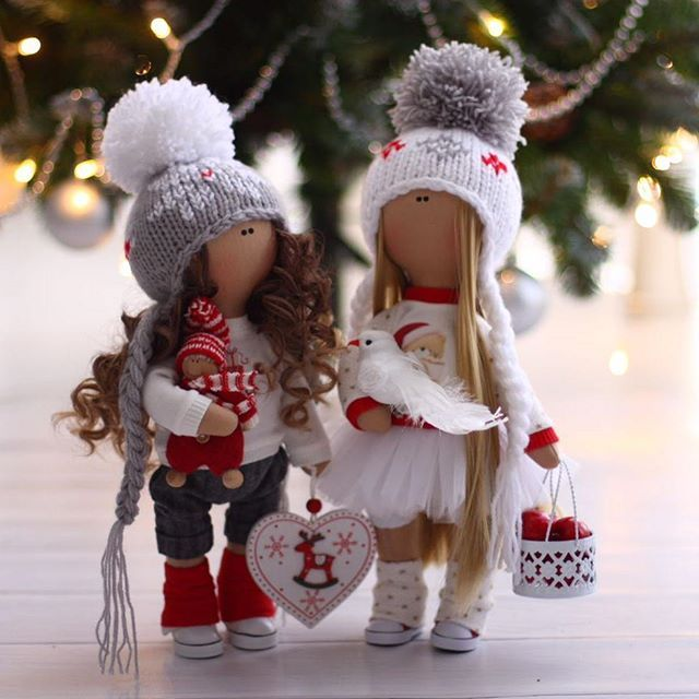 Куколки подружки очень ждут Нового Года! С удовольствием станут подарочком для друзей, знакомых и родных! По вопросам стоимости и наличия кукол в Директ @osya_pchelka