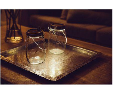 Einfach genial, diese Erfindung aus Südafrika: Solarzellen im Deckel des Glasbehälters fangen das Sonnenlicht ein, abends zaubert die LED-Solarleuchte SONNENGLAS dann poetische Stimmungen. Unser Tipp: Dekorieren Sie das Glas je nach Saison mit Kastanien, kleinen Weihnachtskugeln oder getrockneten Esperanza-Rosen. Ein Kultobjekt, das gerade jeder haben will!