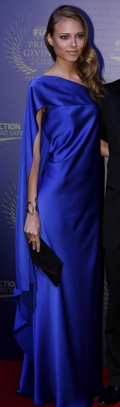Las mejor y peor vestidas de diciembre - Moda - Tendencias - Moda de las famosas, sus trucos de belleza - Revista de corazón, prensa rosa y famosos - Diez Minutos