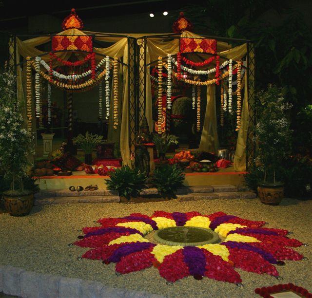 Hindu Wedding flowers | indian wedding flower arrangements