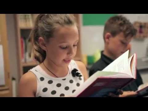 Toneellezen voor school - YouTube