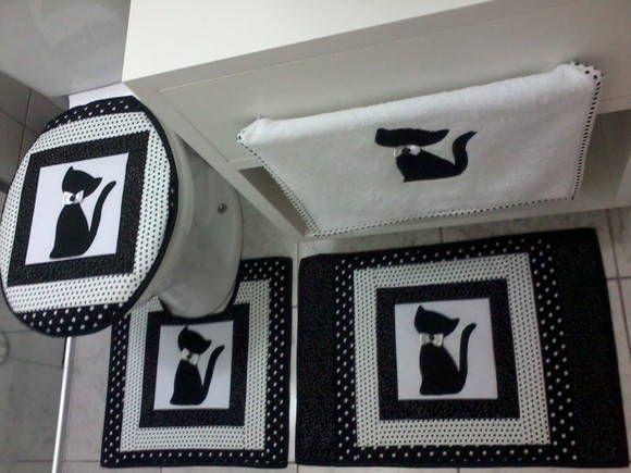 Conjunto de Banheiro em patchwork 100% algodão 4pçs. 01-Tampa Vaso 01-Tapete Vaso 01-Tapete Pia 01-Toalha Rosto R$ 200,00