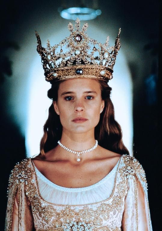 The Princess Bride: A fantasy film, but this costume is very victorian, specifically fits the regency era waistlines