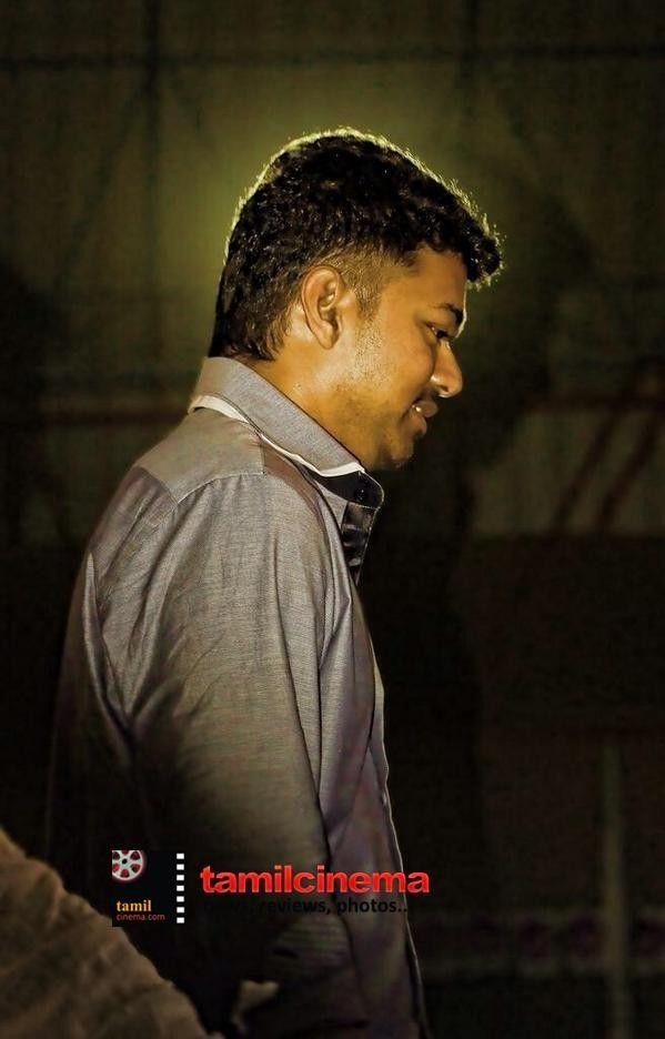 #Vijay Latest Stills http://tamilcinema.com/vijay-latest-stills/  @Actor_Vijay #Kaththi