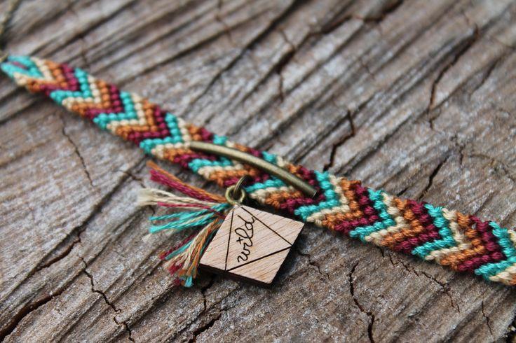 Ambroise - Bracelet Wood + Cotton Boho Colorfull available in various color on Etsy - by Wild Cloud #boho #hippie #bracelet #wildcloud