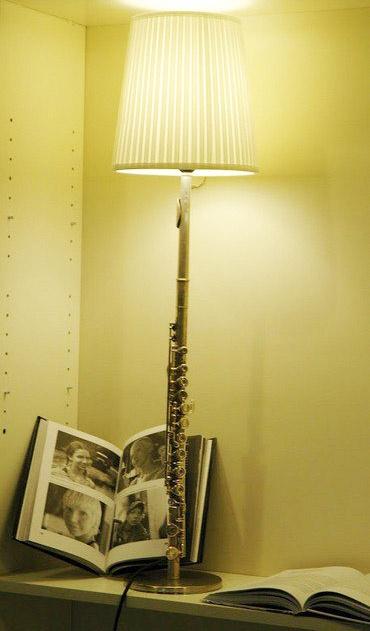 Flute lamp. Yep, that will be in my studio when I'm older.