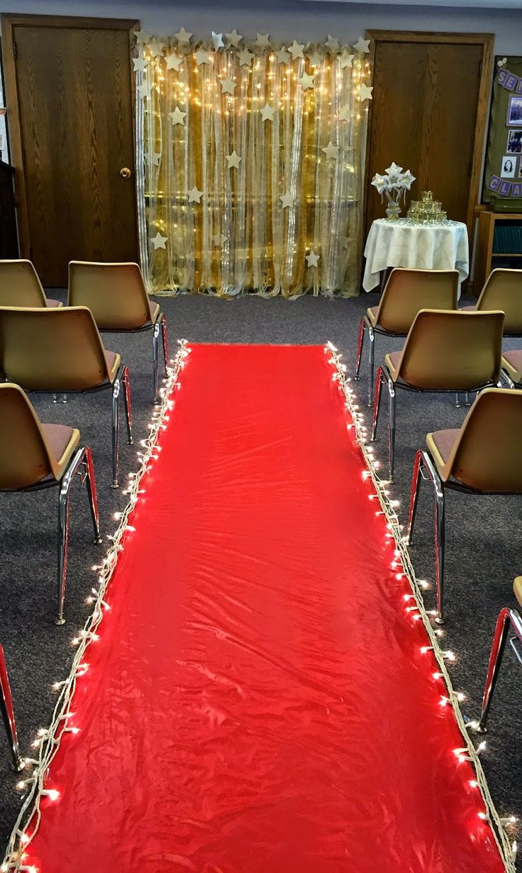 1000 Ideas About Red Carpet Backdrop On Pinterest Red