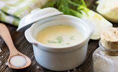 Hier finden Sie ein basisches Rezept für eine leckere Fenchelsuppe. Fenchel kann leichte Krämpfe lindern, Schleim lösen, Auswurf fördern sowie Bakterien und Pilze in ihrem Wachstum hemmen.
