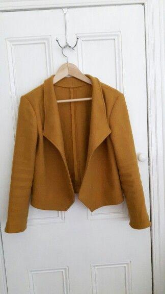 Grainline Morris blazer. 100% wool fabric- Ray Stitch, colour gold. #morrisblazer