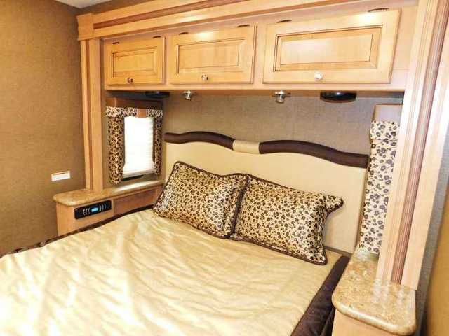 2016 New Thor Motor Coach WINDSPORT 31S 2 SLIDES OUTDOOR KITCHEN 3 TV Class A In Hanging ClosetToilet SinkBedroom TvLiving Room