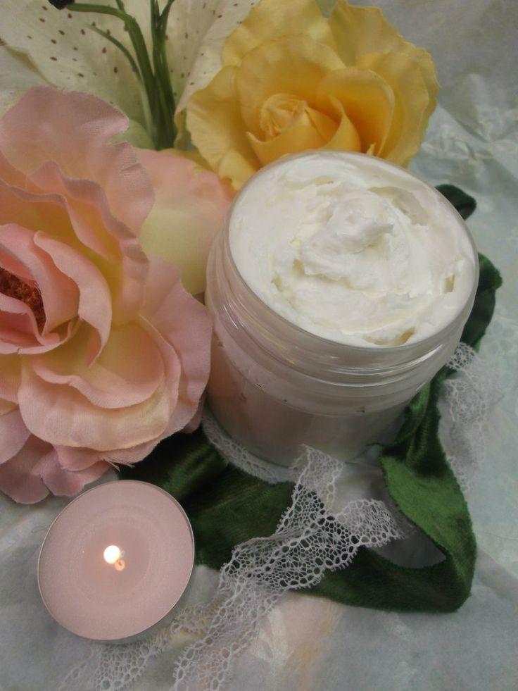 """Крем-суфле для тела """"Гавайское СПА"""" - с ароматом экзотических цветов. Увлажнение, питание, регенерация кожи, смягчение загрубевших участков. Уменьшение вредного воздействия хлорированной, жесткой воды. Наносить на кожу тела после ванны или душа. Баночка 100 мл - 300 грн."""