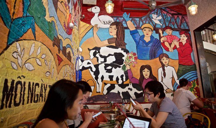 Udvalget af restauranter i Ho Chi Minh City er fantastisk! Få byer har givet os så mange gode spiseoplevelser. Vi har samlet de 5 bedste og en kaffebar.