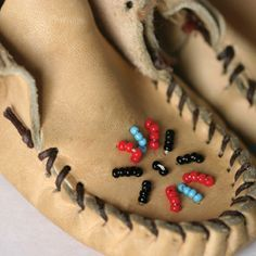 diy moccasins   How to Make Moccasins - DIY – MOTHER EARTH NEWS