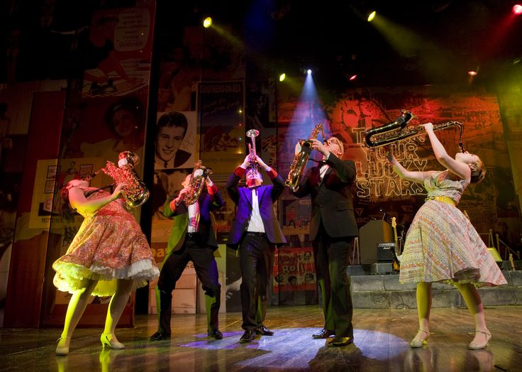#dreamboats #letsdance #musical
