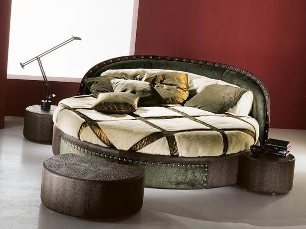 Pin By فيديو On غرف نوم Bed Frame Design Round Beds Traditional Bedroom Furniture