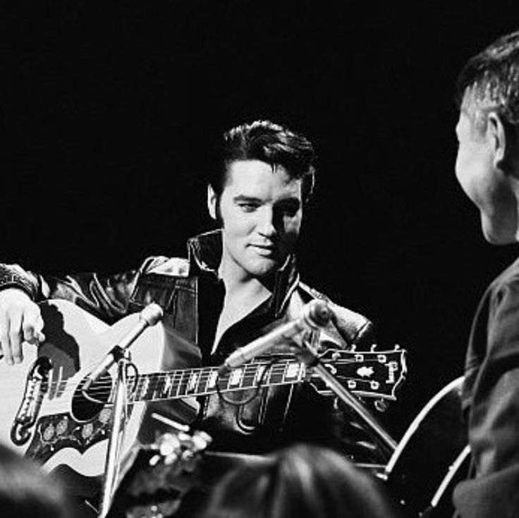 "Elvis with Scotty Moore during ""sit-down segment"" of the 68 Comeback Special"