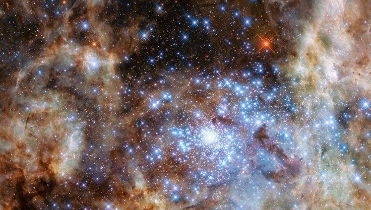 El telescopio espacial Hubble encuentra 'estrellas monstruo' | Radio…
