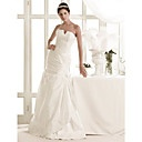 Charming A-line Strapless Sweep/ Brush Train Taffeta Wedding Dress - EUR € 313.49