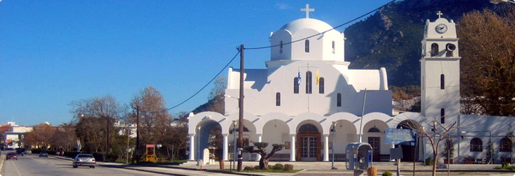 Kamena Vourla, Greek church.