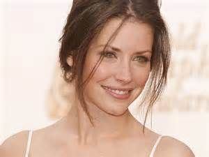 Hot Evangeline Lilly Pictures