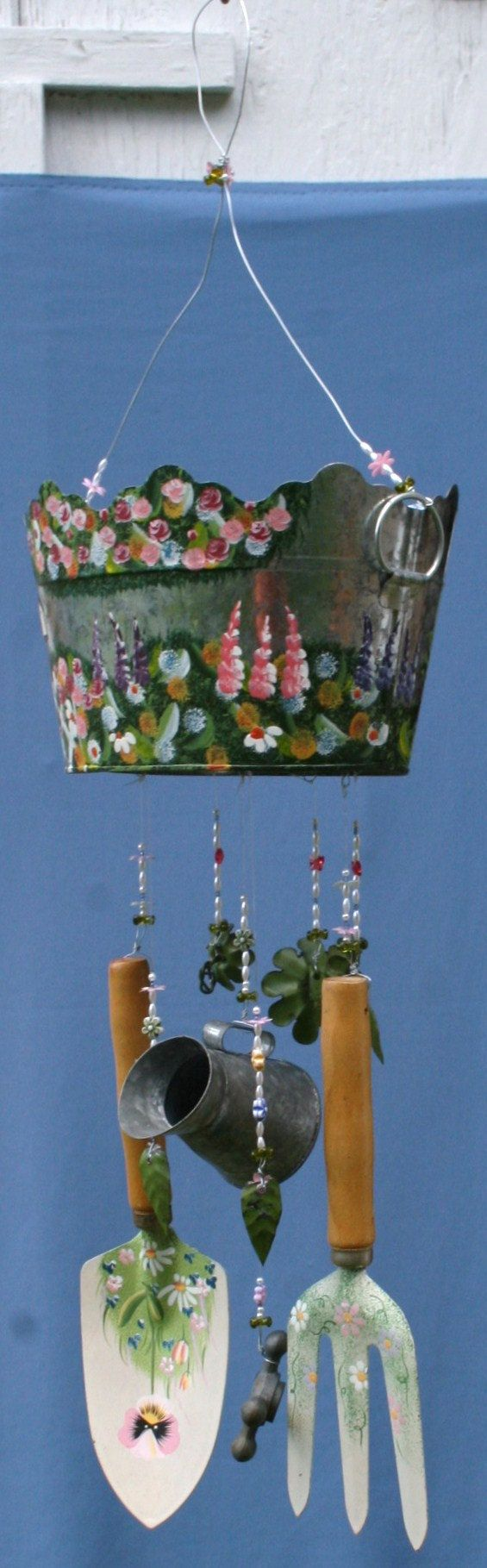 Amazing Modern Gardening Wind Chime Flower Garden Hand Painted Pot w/ Tools Musical Beaded Beautiful Sound & Theme