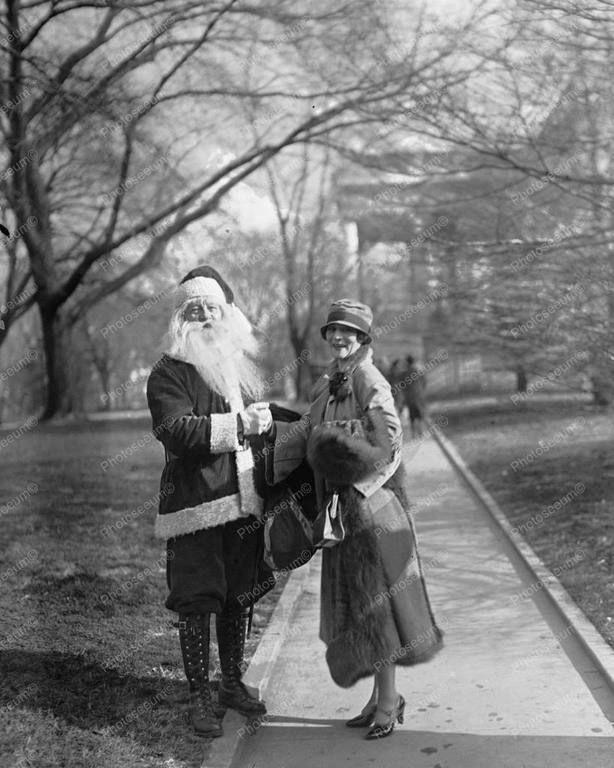 Vintage santa c1920s christmas pastchristmas feelingwhite