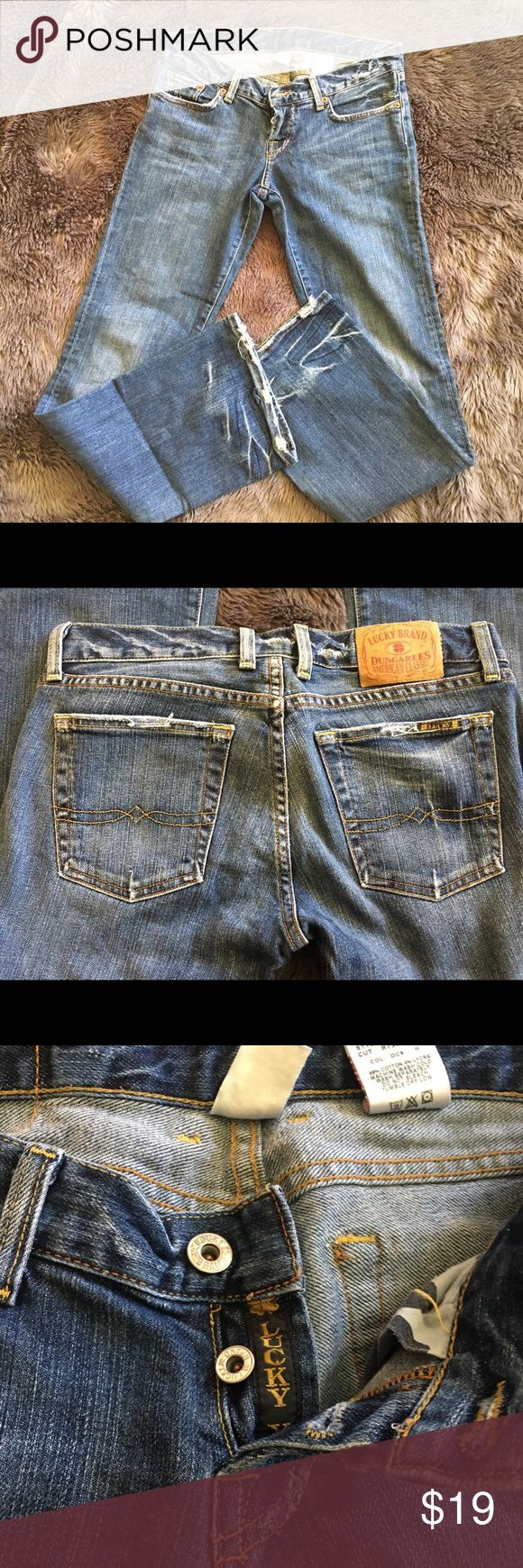 Lucky Brand dungaree jeans size 4 Lucky brand dungaree jeans. Size 4. Gently used. Button fly with boot cut. Great condition 😃 First photo shows them a bit lighter than they actually are. Bottom two photos are more accurate. Lucky Brand Jeans Boot Cut