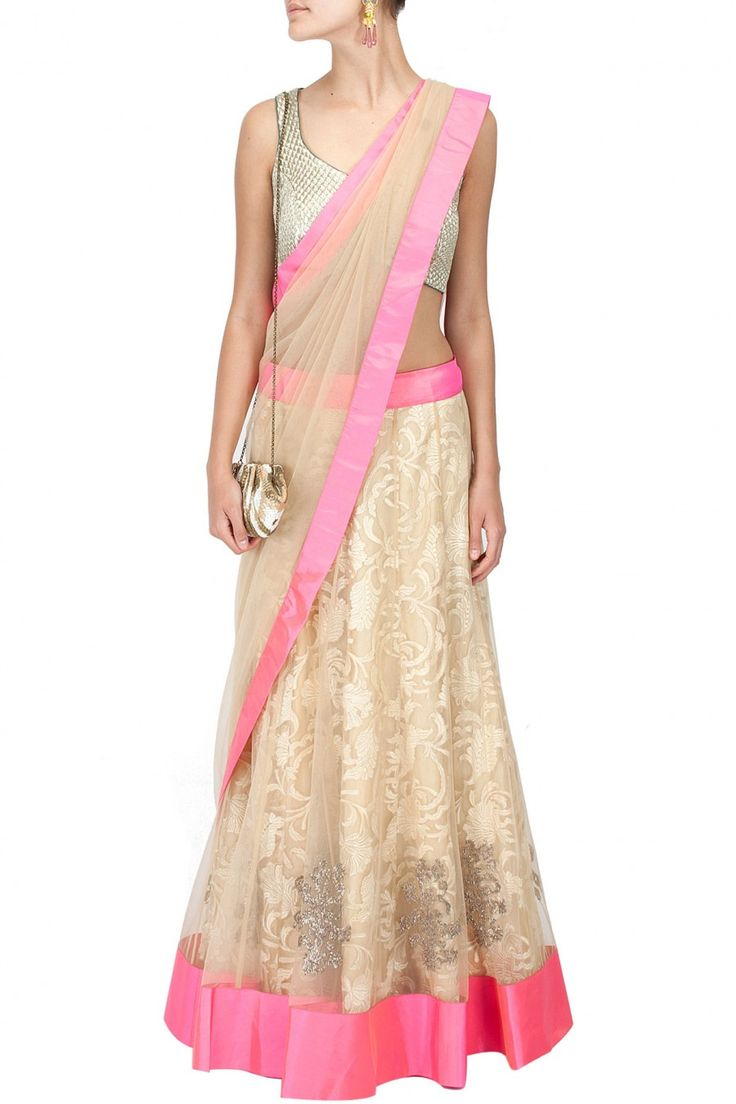 Ivory lace and tulle lehenga sari, simple and pretty
