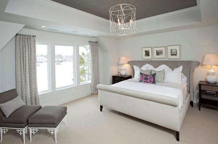 Camera da letto romantica nella tonalità grigio talpa n.11