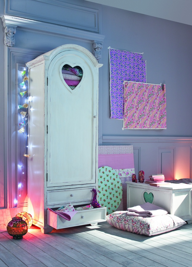 So cute! Lighting. Le Blog de Mandy: Inspiration déco #3 : chambre de petite fille