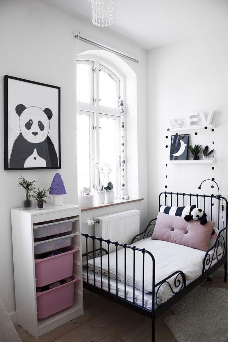 chambre noir et blanche pour fille