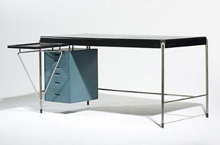 Arne Jacobsen desk, Denmark (1952) | Rud Rasmussens Snedkeri