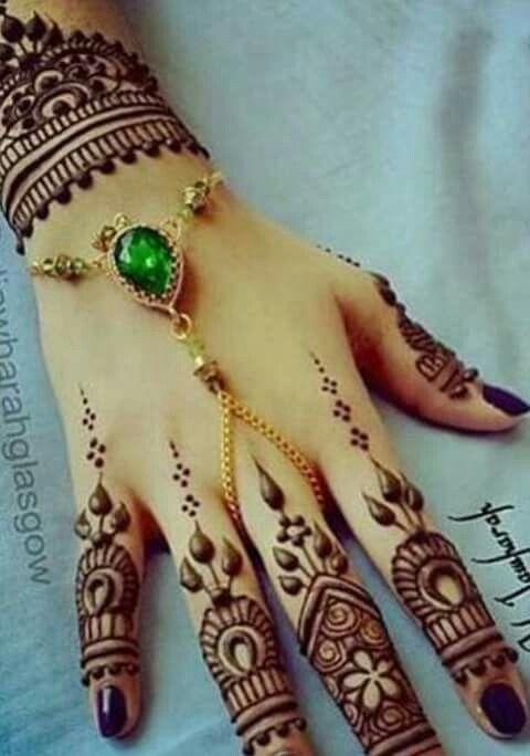 Beautiful hand henna design
