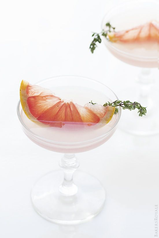 Cocktails / Blushing Kiss Martini / Gin + St. Germain and Grapefruit