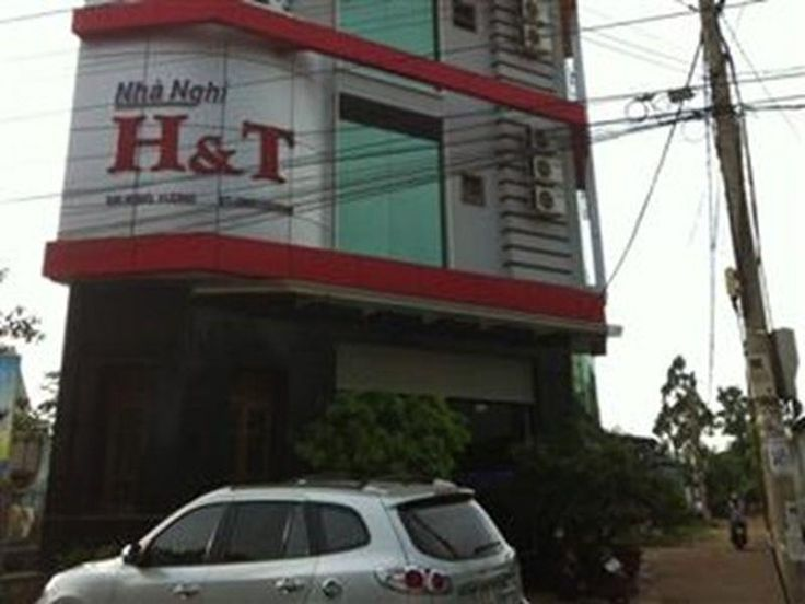 Buon Ma Thuot H&T Hotel Daklak Vietnam, Asia Located in Buon Ma Thuot City Center, H&T Hotel Daklak is a perfect starting point from which to explore Buon Ma Thuot. The hotel has everything you need for a comfortable stay. Free Wi-Fi in all rooms, Wi-Fi in public areas, valet parking, car park, room service are on the list of things guests can enjoy. Designed for comfort, selected guestrooms offer internet access – wireless, internet access – wireless (complimentary), air cond...