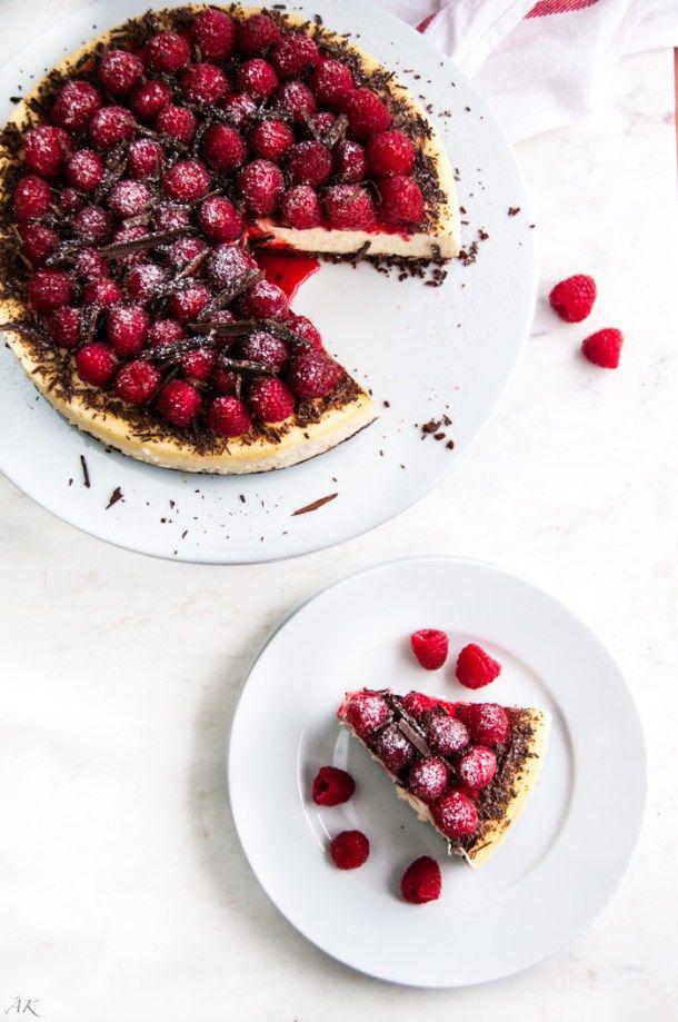 Gâteau au fromage aux framboises au chocolat noir | aberdeenskitchen.com   – Backen/Desserts
