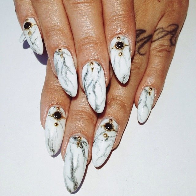 современный дизайн ногтей 2015 мрамор