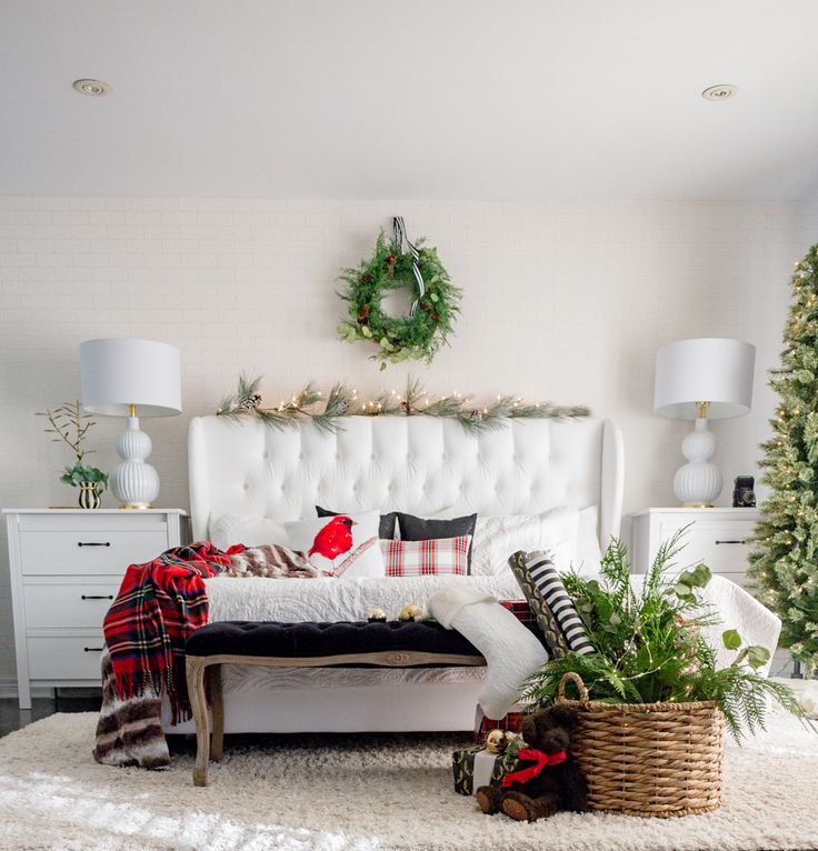 25+ Unique Christmas Bedroom Decorations Ideas On