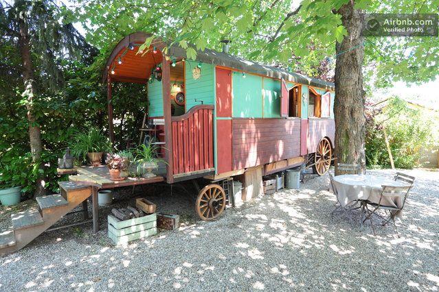 A gypsie car very original in Sainte-Foy-lès-Lyon