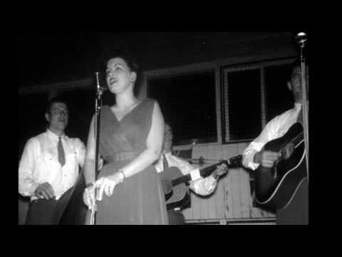 Patsy Cline // Your Cheatin' Heart // LIVE Arthur Godfrey - YouTube