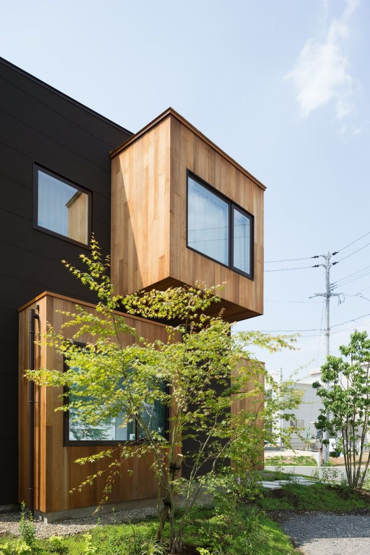 A Japanese Home That Transforms the Humble Window Sill - Point of View - July 2016