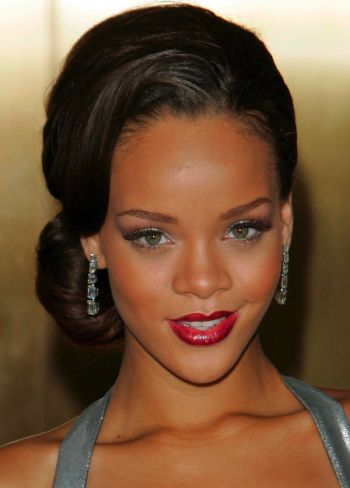 Retro Updos for Long Hair | ... about the way the updo is positioned, accenting Rihanna's long neck