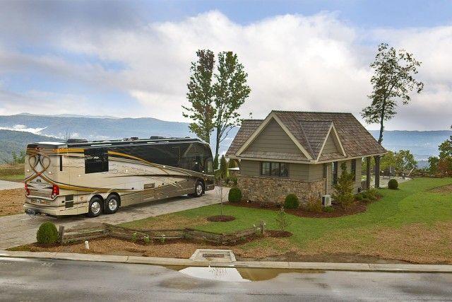 Mountain Falls Luxury Motorcoach Resort Lake Toxaway Nc