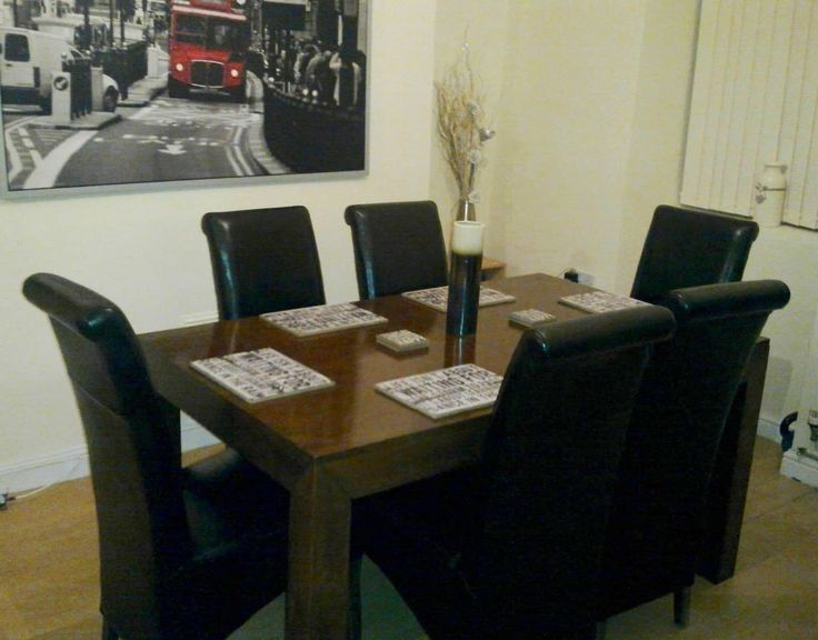 Solid Oak Dark Brown Dining Room Table Plus Six Leather Chairs RRP 899